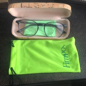 Accessories - Firm eyeglasses brand new